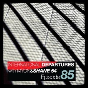 2011-07-13 - Myon & Shane 54 - International Departures 085.jpg