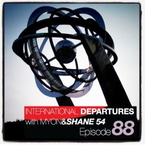 2011-08-03 - Myon & Shane 54 - International Departures 088.jpg