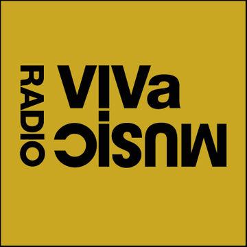 2010-10-07 - Darius Syrossian & Nyra, Brothers' Vibe - VIVa Music Radio 004.jpg