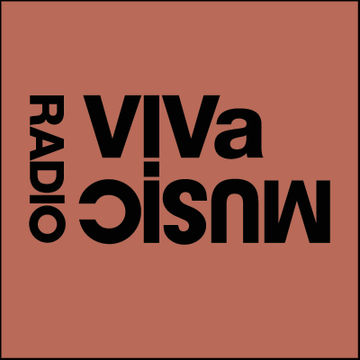 2011-08-06 - Darius Syrossian, Ahmet Sisman - VIVa Music Radio 014.jpg