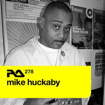 2011-09-26 - Mike Huckaby - Resident Advisor (RA.278).jpg