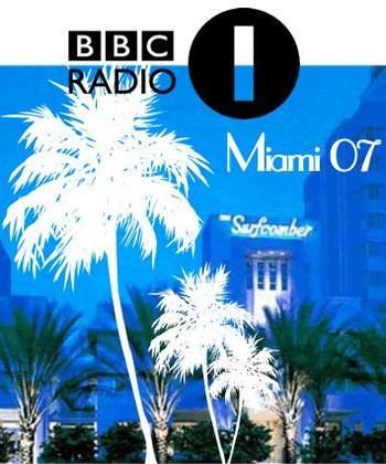 2007-03-27 - BBC Radio 1 Pool Party (Surfcomber Hotel, Miami).jpg