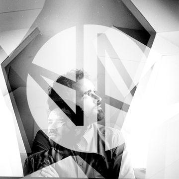 2014-05-19 - Nuno dos Santos - Deep House Amsterdam Mixtape 110.jpg