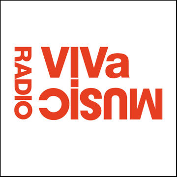2012-02-26 - Darius Syrossian (Lisbon), Ray Okpara - VIVa Music Radio 020.jpg