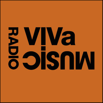 2010-09-03 - Darius Syrossian & Nyra, Kruse & Nuernberg - VIVa Music Radio 003.jpg