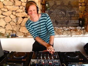 2011-07-07 - Michel de Hey @ Diesel Island, Ibiza.jpg