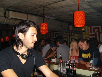2007-08-09 - Hector Murillo @ Bar Americas.jpg
