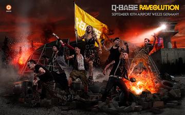2011-09-10 - Q-Base - Raveolution.jpg