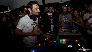 2009-10-03 - Danny Howells @ Gallop Sessions 02, Compound, San Francisco.jpg
