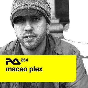 2011-04-11 - Maceo Plex - Resident Advisor (RA.254).jpg