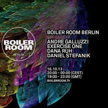 2013-10-16 - Boiler Room Berlin.jpg