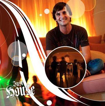 2011 - Ernesto Altés pres. Just House, Aura, Ibiza.jpg