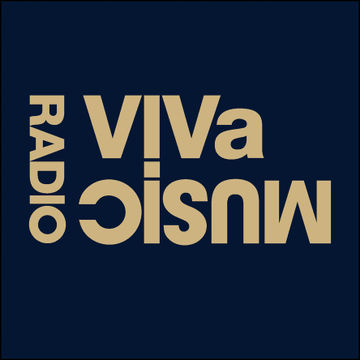 2011-02-04 - Darius Syrossian, Gorge - VIVa Music Radio 008.jpg