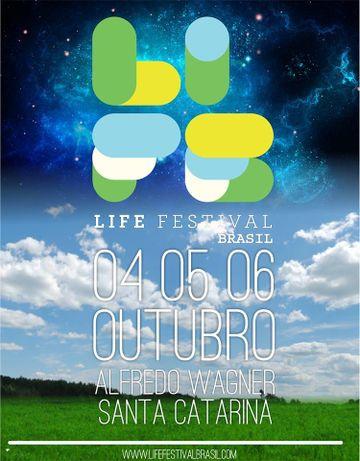 2013-10-0X - Life Festival.jpg