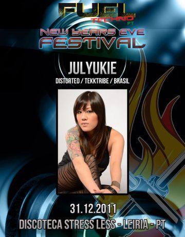 2012-04-08 - Julyukie @ Fuel Techno Pt New Years Eve Festival, StressLess.jpg