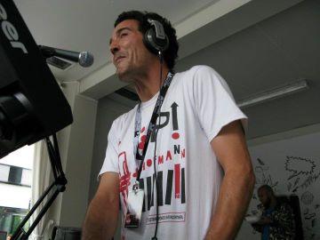 2011-06-11 - Daniel Peñacoba @ International Radio Festival, Papiersaal, Zurich.jpg