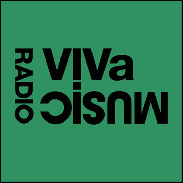 2010-11-18 - Darius Syrossian, Mendo - VIVa Music Radio 006.jpg