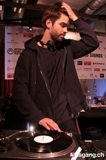 2010-09-09 - Andrey Pushkarev @ International Radio Festival, Papiersaal, Zurich.jpg