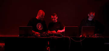 2007-04-13 - The Black Dog (DJ Set) @ Sub Club, Glasgow.jpg