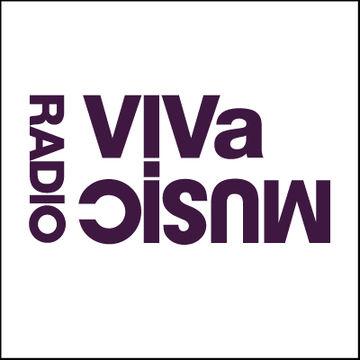 2012-04-15 - Darius Syrossian (Leeds), Burnski - VIVa Music Radio 021.jpg