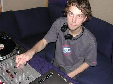 2006-03-07 - Max Grabke - Obo & Hobos Studio.jpg