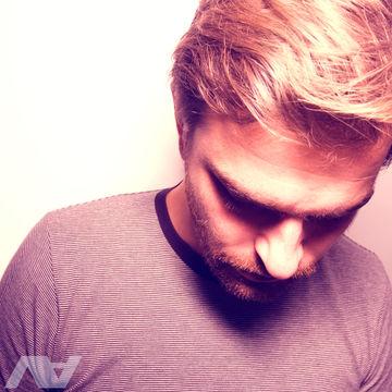 2011-05-24 - Cesare Marchese - Underwater Lov Mix (VA Podcast 10).jpg