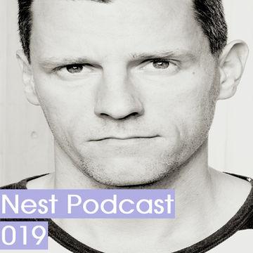2011-12-22 - Lovebirds - Nest Podcast 019.jpg