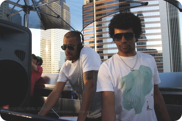 2008-03-23 - Jamie Jones & Clive Henry @ The Standard Rooftop, Los Angeles.png