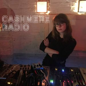 2018-01-20 - Avalon Emerson - Texture Mix 24, (Cashmere Radio, Berlin).jpg