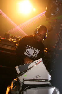 2007-09-28 - DJ Bone @ Awakenings - Detroit Weekend.jpg